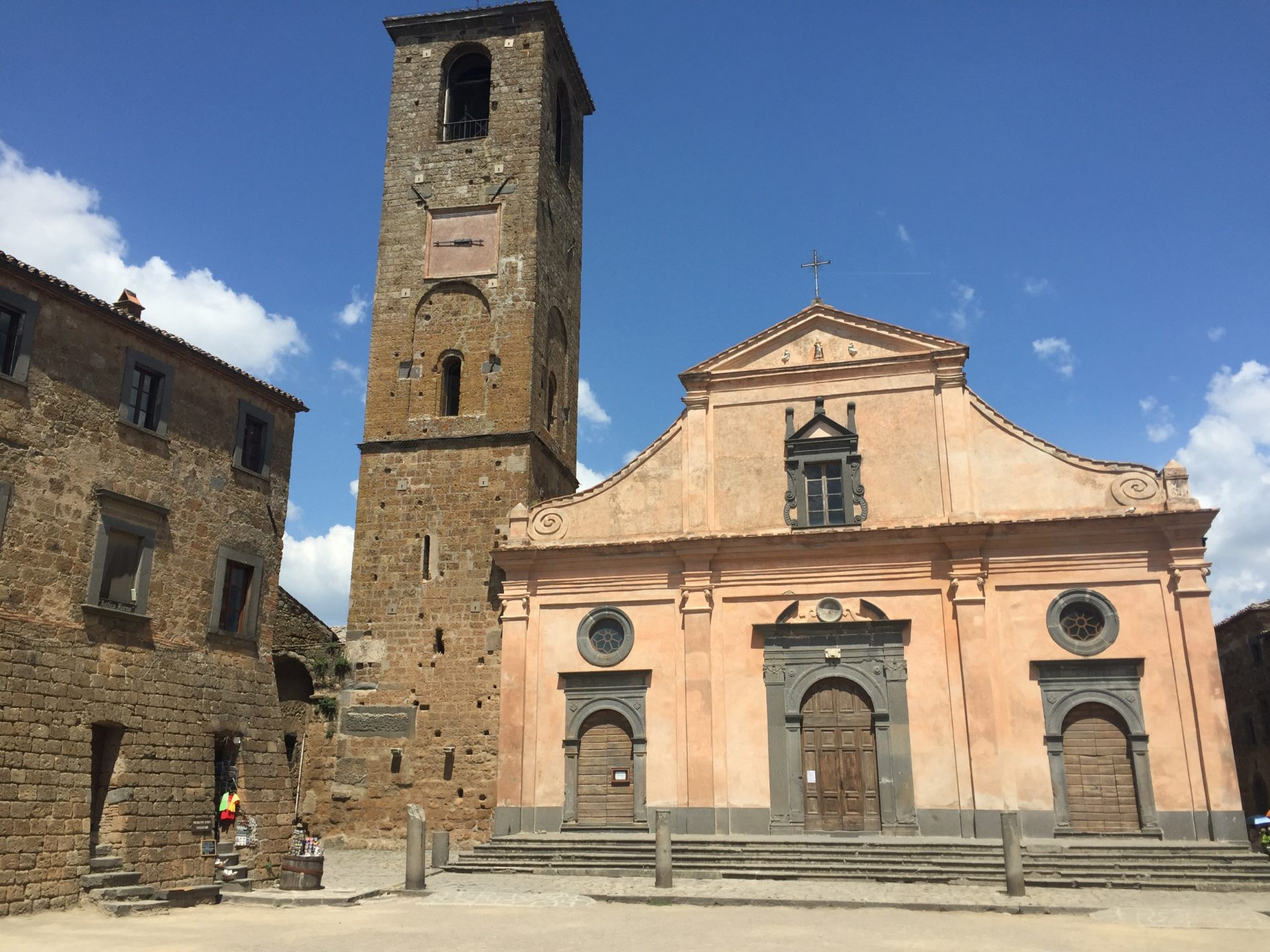 "<img src=""http://marenostrum.pl/wp-content/uploads//2019/09/San-Donato-Bagnoregio.jpeg"" alt=""Kościół Civita di Bagnoregio"" />"