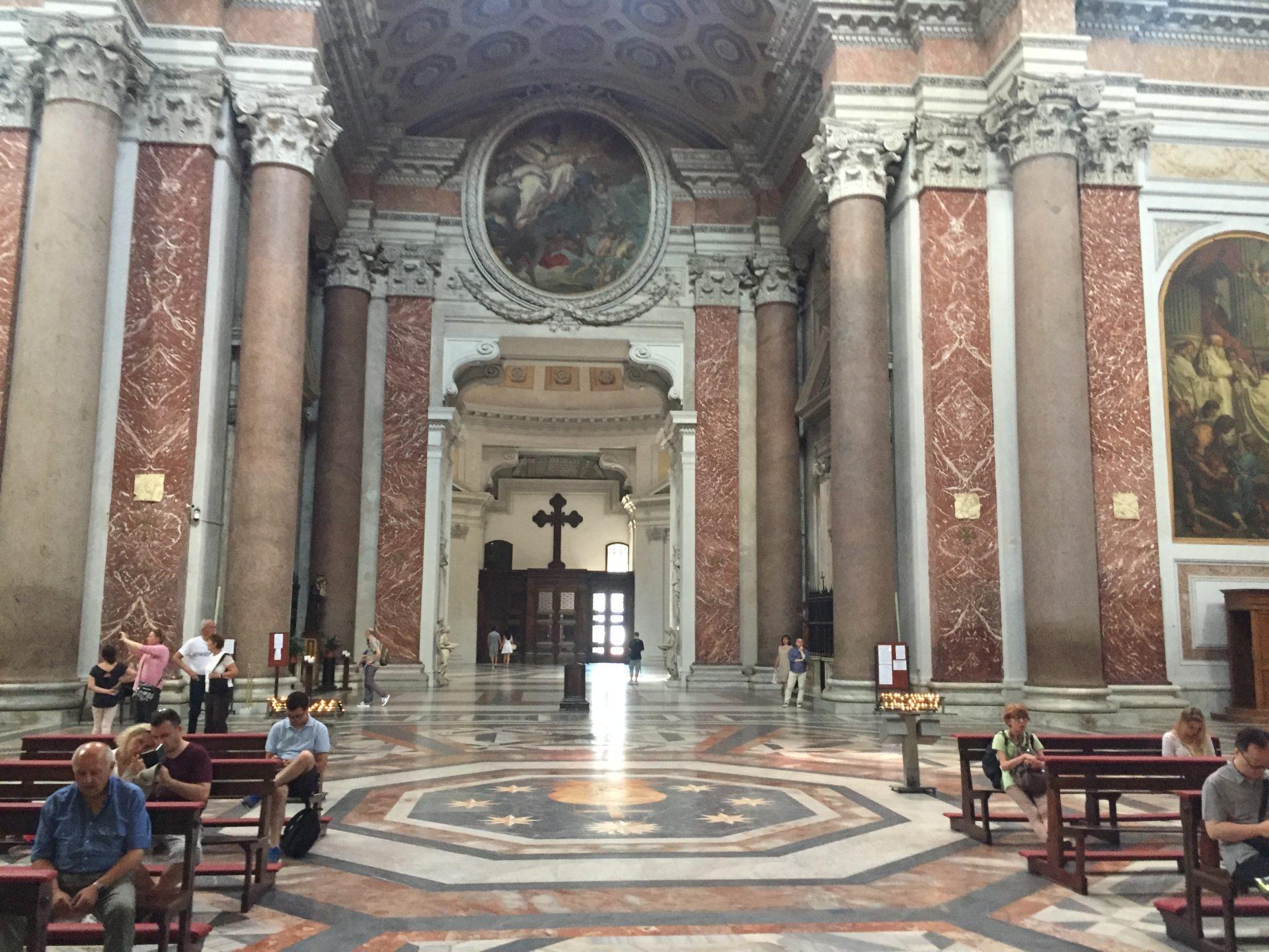 "<img src=""http://marenostrum.pl/wp-content/uploads//2019/11/Santa-Maria-degli-Angeli-et-dei-Martiri-3.jpeg"" alt=""Santa Maria degli Angeli et dei Martiri w Rzymie"" />"